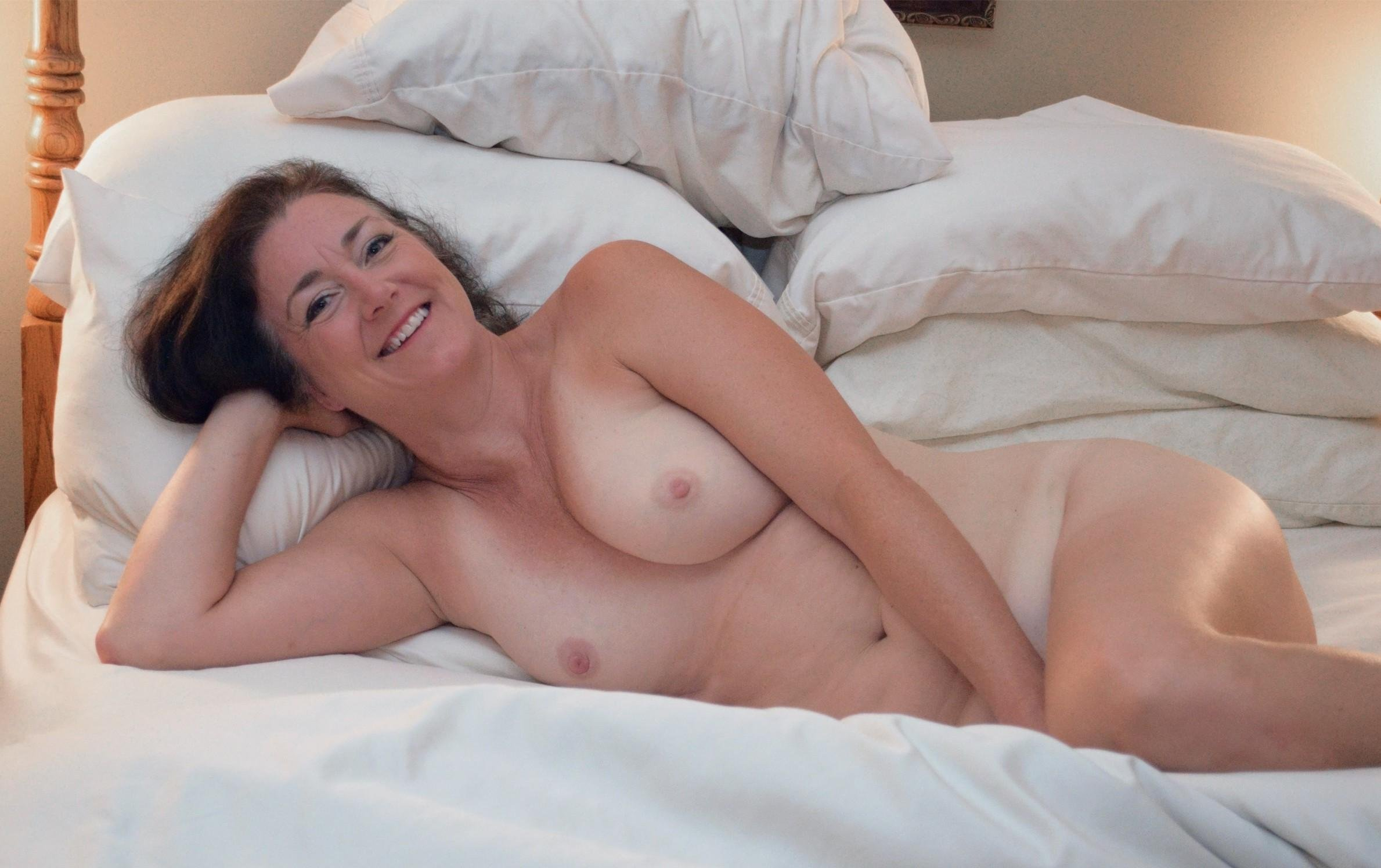 Naked Milf In Bed